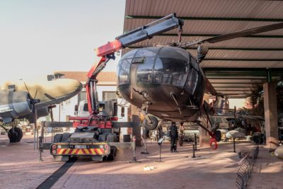old-dames-final-lift-off-helicopter-projects-transport-mme-Machine-Moving-Engineering-machinery-equipment-Gauteng-KwaZulu-Natal-SA-National-Museum-Military-History