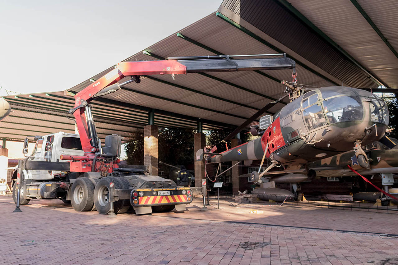 relocations services-mme-Machine-Moving-Engineering-experts-machinery-equipment-Gauteng-KwaZulu-Natal-helicopter